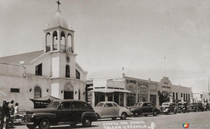 Iglesia y Escuela Lázaro Cárdenas