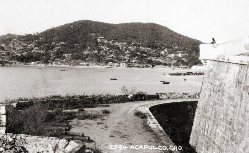 Acapulco desde el Fuerte de San Diego