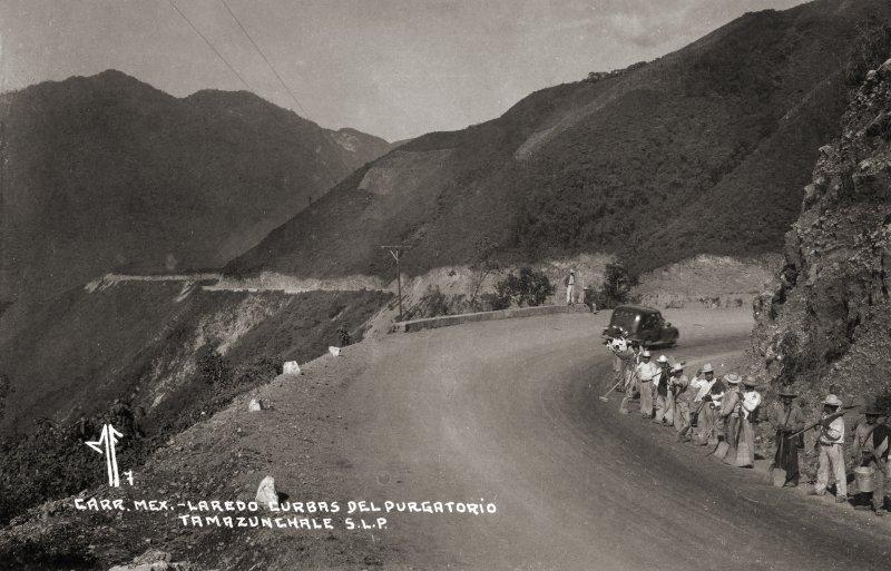 Curvas del Purgatorio, en la carretera México - Laredo