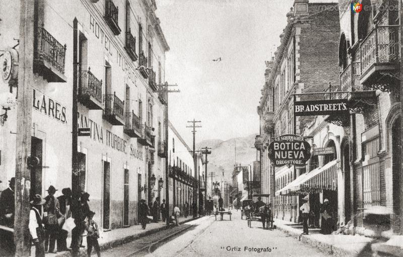 Hotel Iturbide y Calle Zaragoza