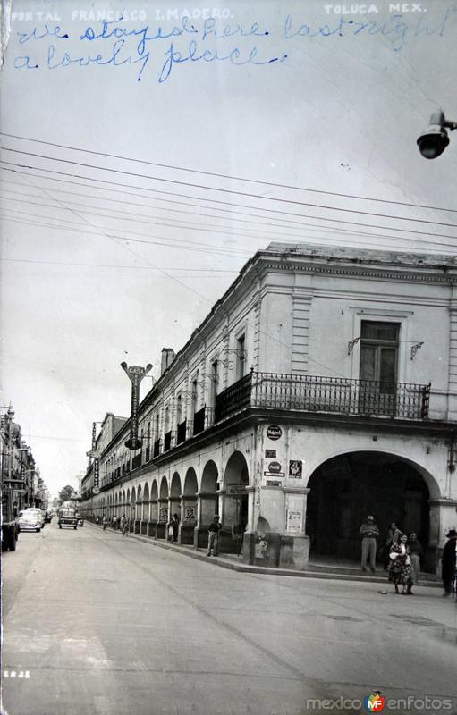 Portal Francisco I Madero ( 1958 ).