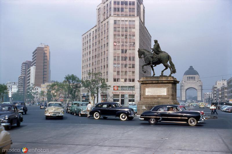 Paseo de la Reforma, El Caballito (Monumento a Carlos IV) y Monumento a la Revolución