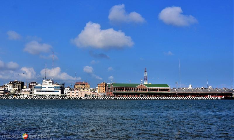 Capitanía de Puerto y antigua Aduana