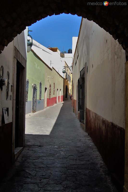 Calle Alcaicería de Gómez