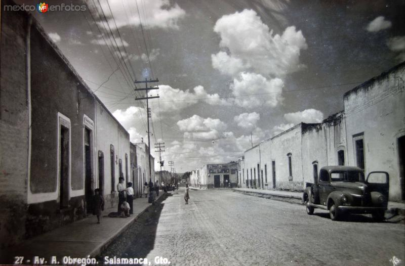 Avenida A Obregon.