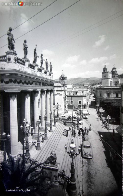 Teatro Juarez.