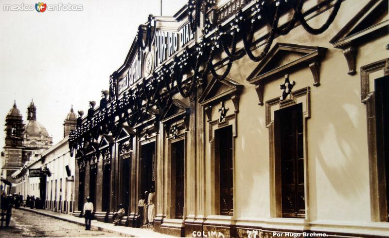 Escuela superior Porfirio Diaz Por el fotografo Hugo Brehme.