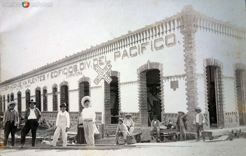 Edicio de conservacion de Via-Puentes y edificios Division del Pacifico ( Circulada el 3 de Agosto de 1923 ).