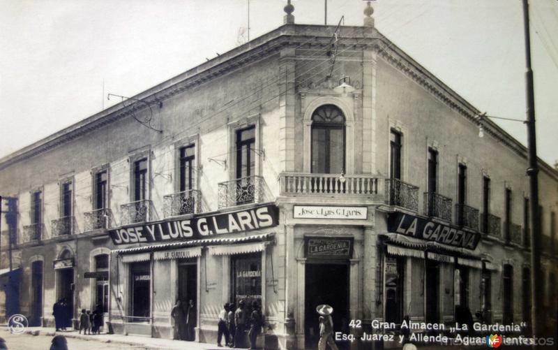 El Gran Almacen La Gardenia esquina de Juarez y Allende.