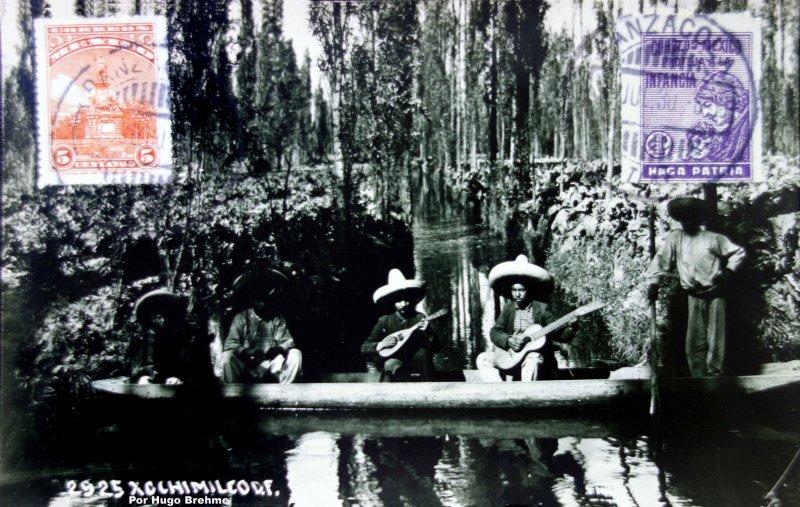 Vista tipica de Xochimilco por el Fotógrafo Hugo Brehme ( Circulada el 3 de Julio de 1930 ).