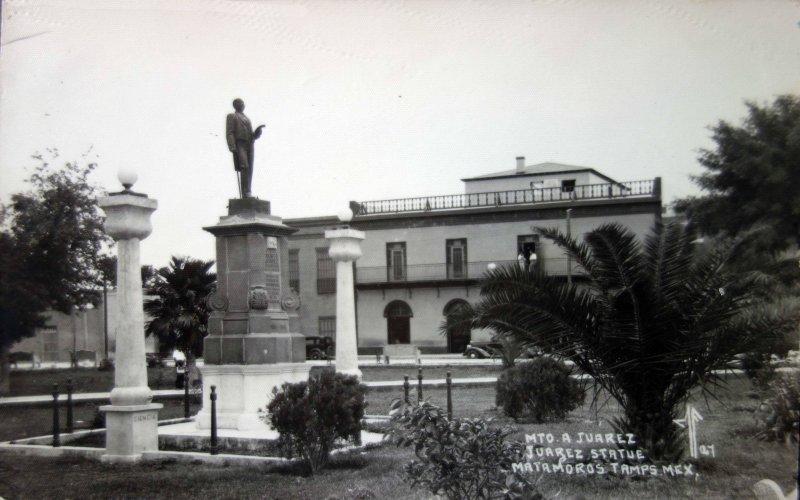 Monumento a Juarez.