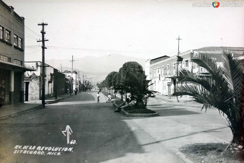 Avenida de La Revolucion.