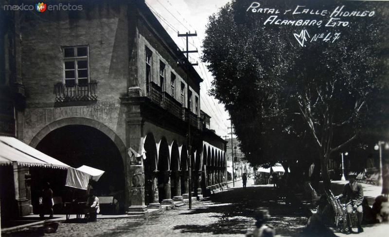 Portal y Calle Hidalgo.