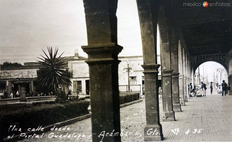 Una Calle desde el portal Guadalupe.