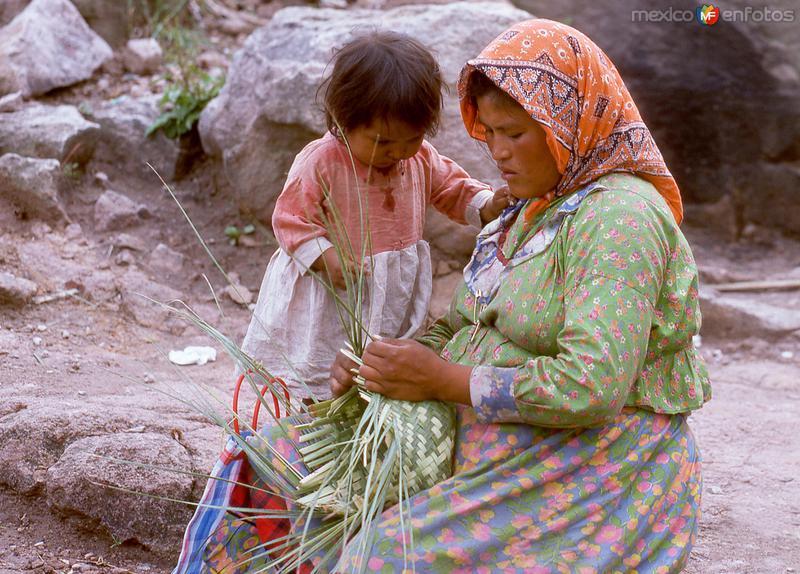 Indígenas Tarahumaras (1976)