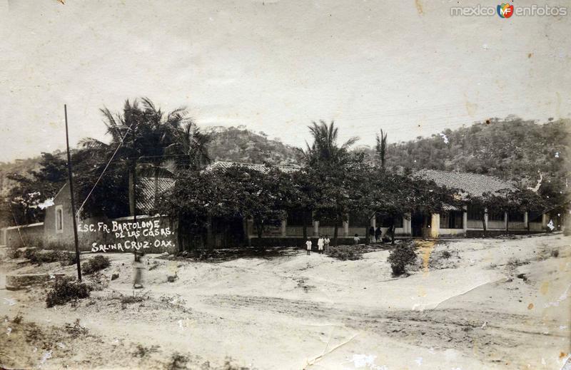 Escuela Fray Bartolome de Las Casass.