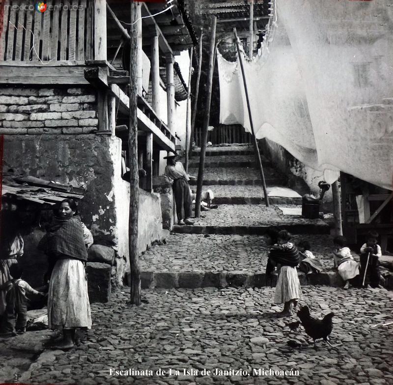 Escalinata de La Isla de Janitzio, Michoacán.
