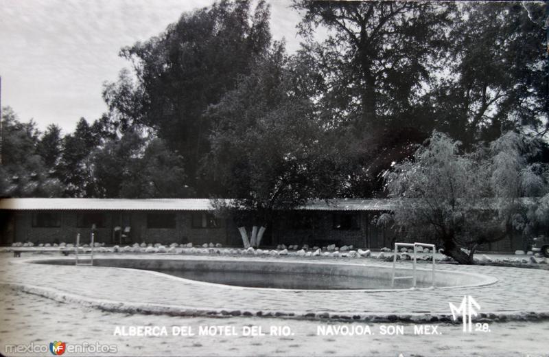 Alberca del Motel del Rio.
