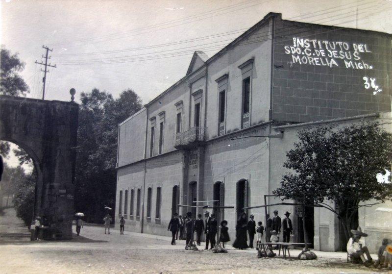 Instituto del Sagrado Corazon de Jesus.