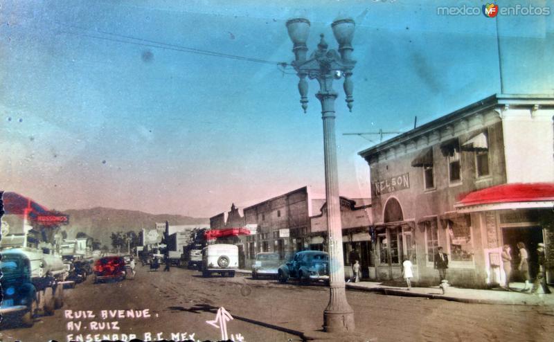 Avenida Ruiz ( Circulada el 14 de Julio de 1945 ).