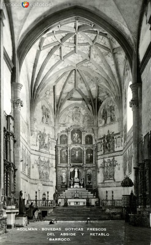 Bóvedas góticas y frescos del convento de Acolman