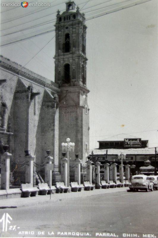 Atrio de La Parroquia.