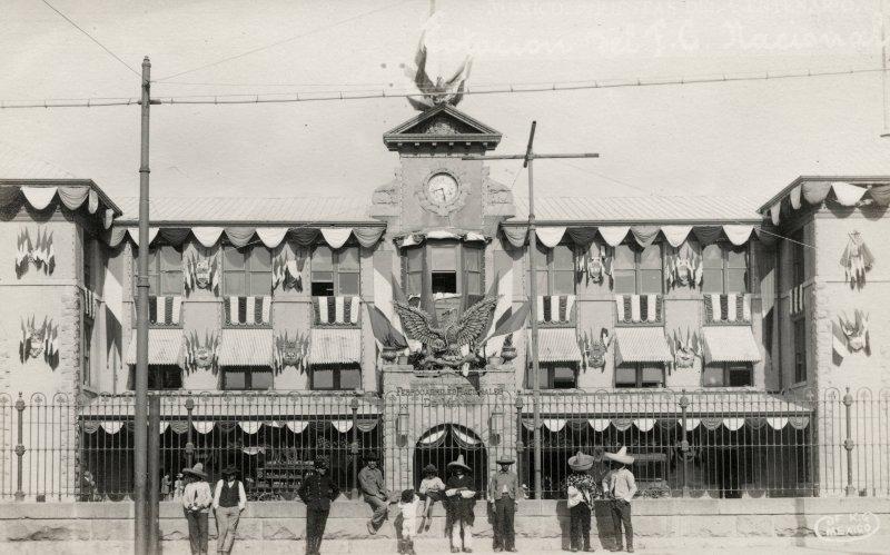Estación Colonia durante las fiestas del Primer Centenario de la Independencia (1910)