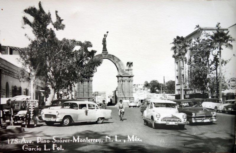 Avenida Pino Suarez Monterrey N L ( Circulada el 17 de Enero de 1958 ).