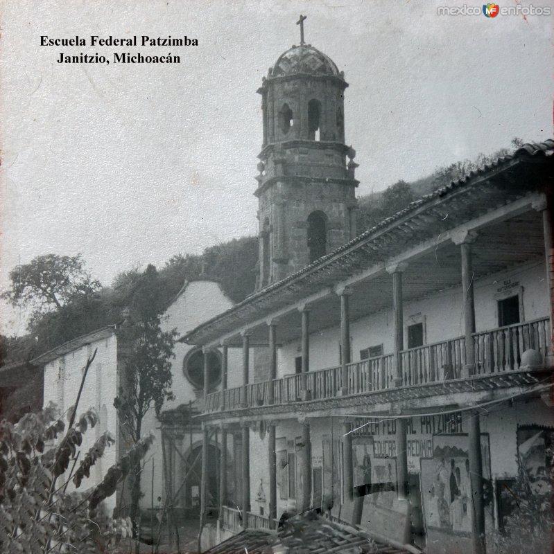 Escuela Federal Patzimba Janitzio, Michoacán.