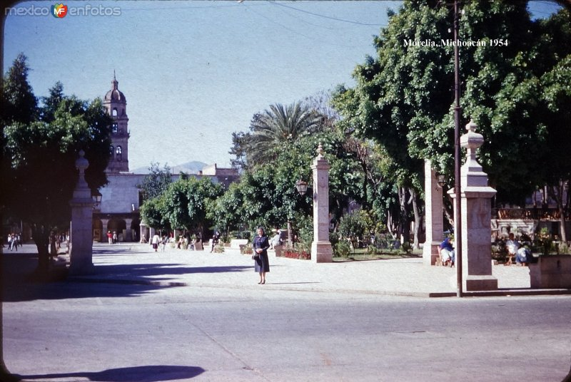 La Plaza Principal 1954.