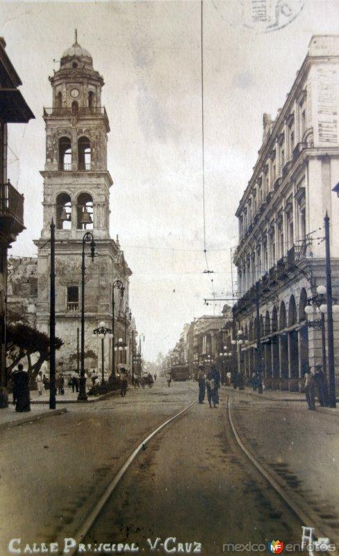 Calle Principal y mercado( Circulada el 7 de Junio de 1917 ).