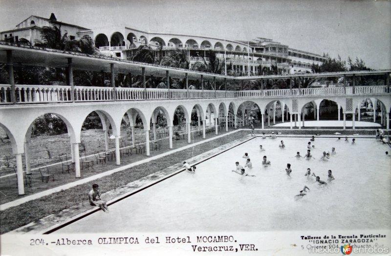 Alberca Olimpica del Hotel Mocambo. ( Circulada el 23 de Mayo de 1959 ).