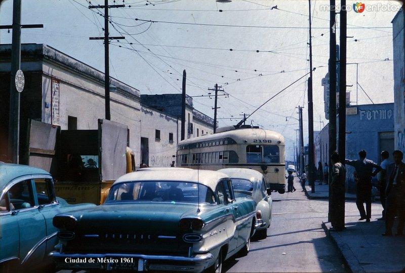 Escena callejera Ciudad de México ( 1961 ).