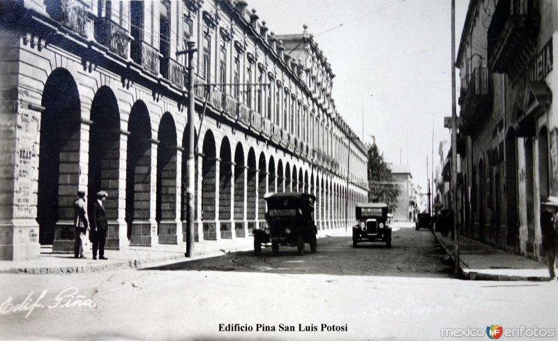 Edificio Piña ( Circulada el 6 de Julio de 1926 ).