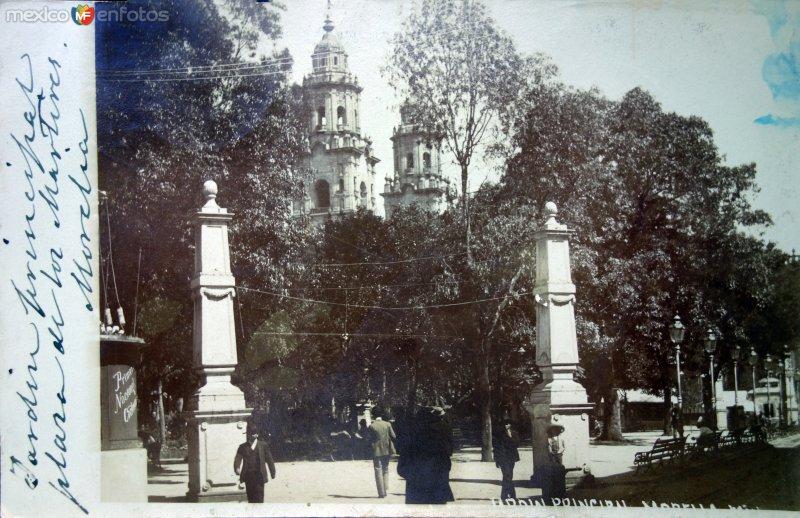 Jardin Principal ( Circulada el 10 de Diciembre de 1909 ).