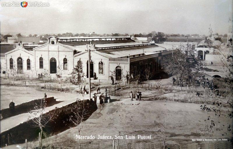 Mercado Juarez.