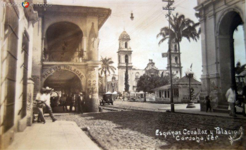 Esquinas Cevalloz y Palacio.