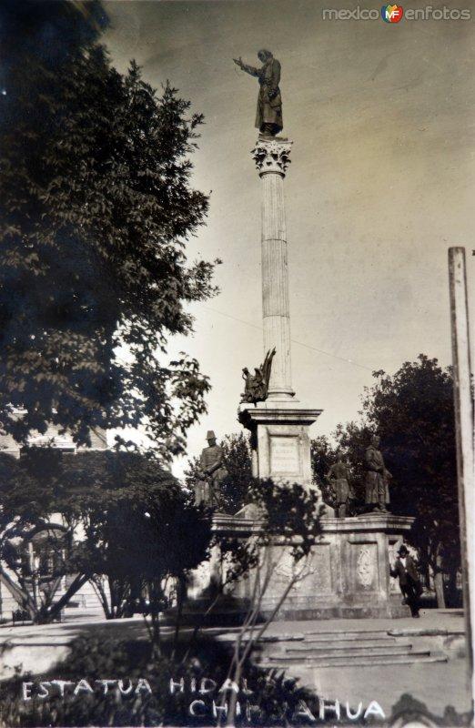 Estatua de Hidalgo.