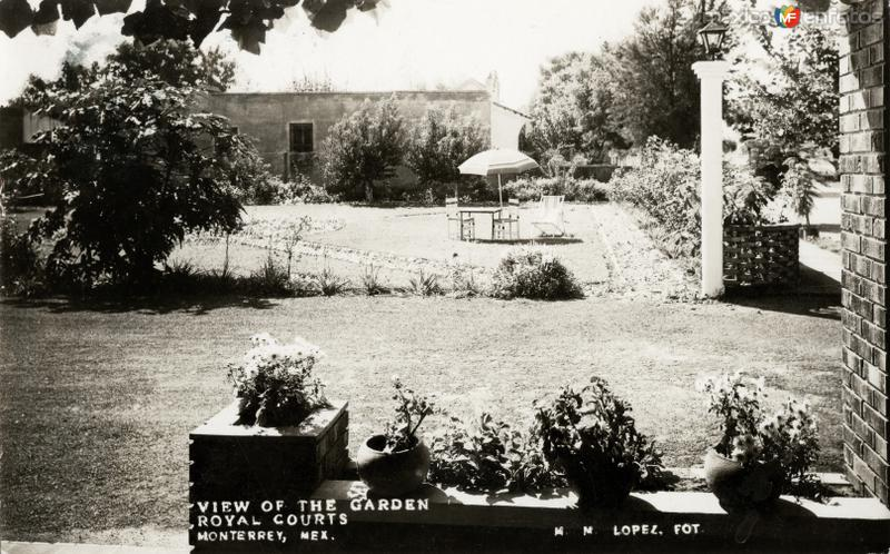 Jardines del motel Royal Courts