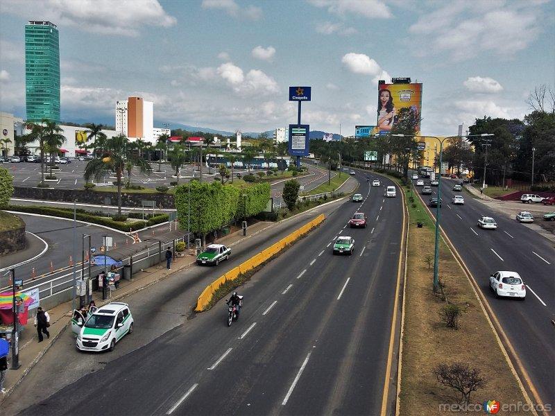 Avenida Lázaro Cárdenas