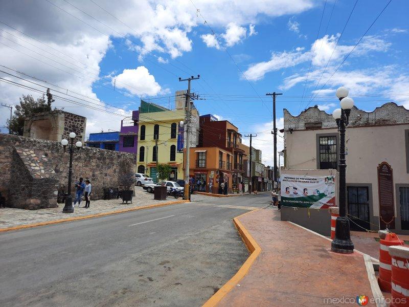 Calle principal (Carretera 115)