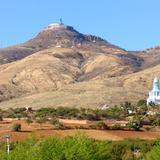 Cerro del Cubilete y Cristo Rey en la cima