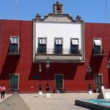 Colegio de Niñas La Enseñanza (palacio municipal)