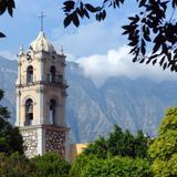 Campanario y Cerro de las Mitras
