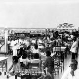 Restaurantes en la Playa de Miramar en 1952