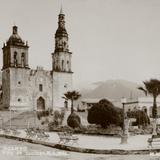 IGLESIA Y PLAZA OCAMPO 1938