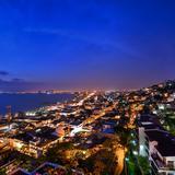 Una Panorámica Nocturna Del Puerto!
