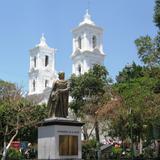 Catedral de Chilpancingo y Monumento a José Ma. Morelos