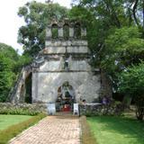 Ruinas de la parroquia de la Ex-hacienda Apanquezalco. Yautepec, Morelos.
