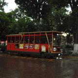 turibús en la plaza principal
